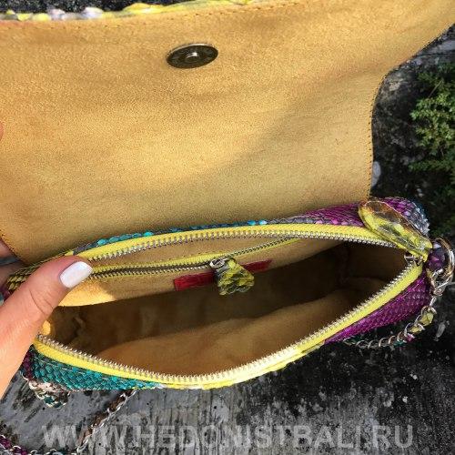 Сумка crossbody с кисточками из натуральной кожи питона разноцветная желтая