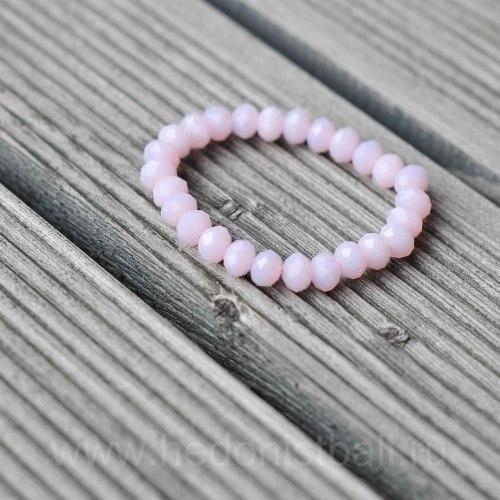 Браслет из хрустальных бусин светло-розовый