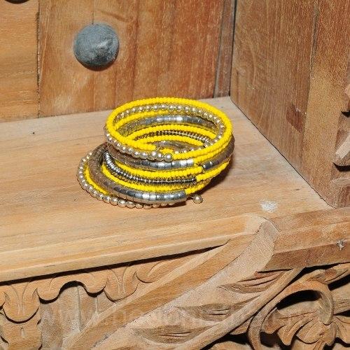Браслет из бисера желто-серебристый