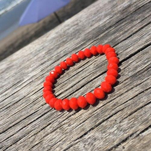 Браслет из хрустальных бусин красно-оранжевый