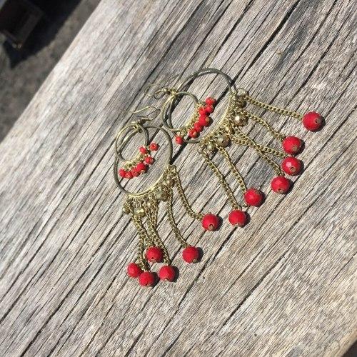 Серьги-кольца с кристаллами красные