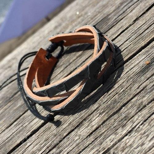 Браслет-косичка из натуральной кожи питона серый