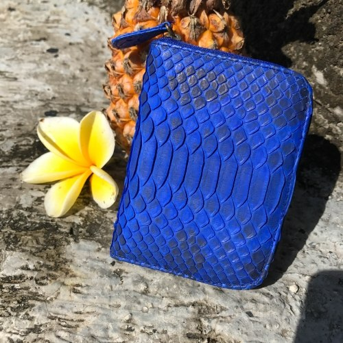 Кошелек из натуральной кожи питона ярко-синий с орнаментом размер XS