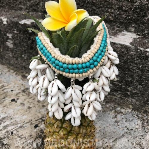 Ожерелье с ракушками бирюзовое