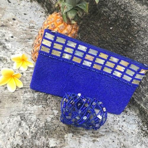 Клатч из бисера ярко-синий с перламутром