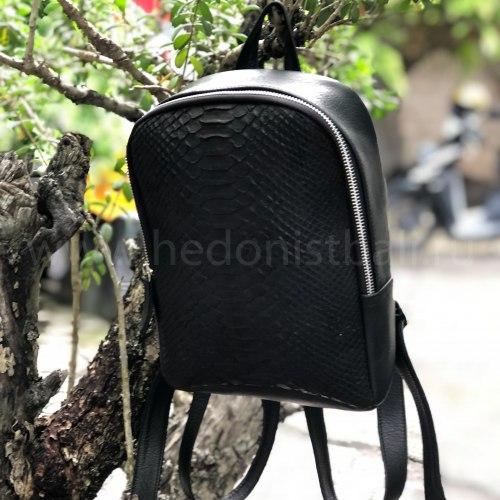Рюкзак из натуральной кожи питона SIMONE черный