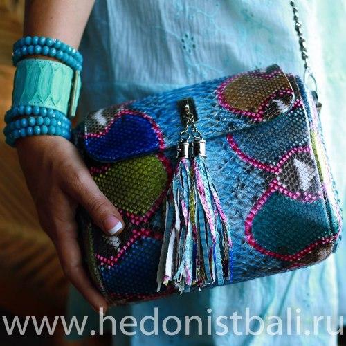 Сумка crossbody с кисточками из натуральной кожи питона разноцветная бирюзовая