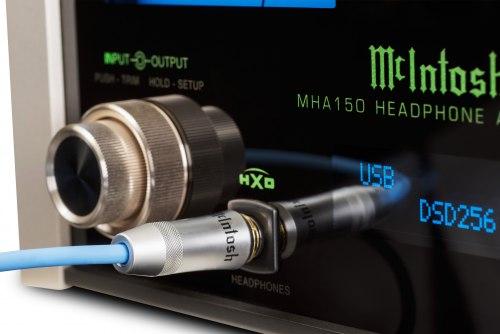 Усилитель для наушников McIntosh MHA150