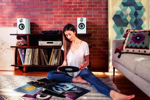 Полочная акустика B&W 607 S3