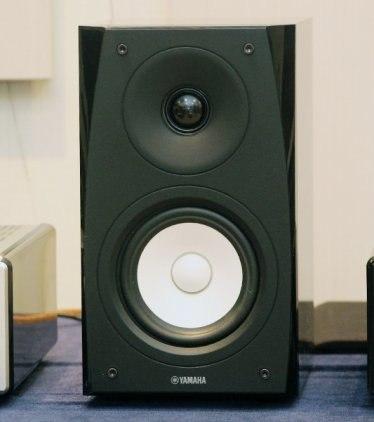 Полочная акустика Yamaha NS-BP102