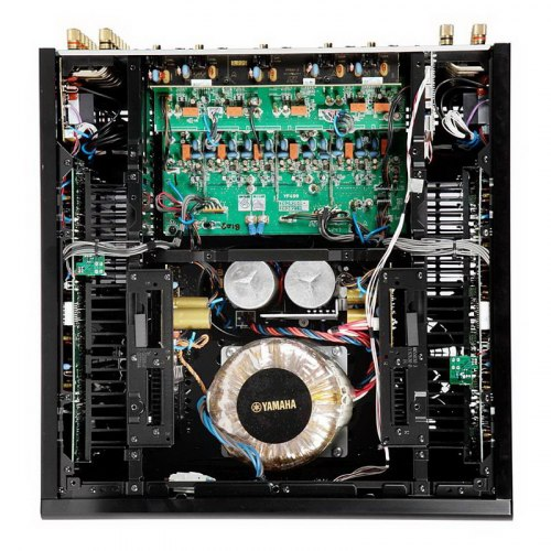 AV ресивер Yamaha MX-A5200