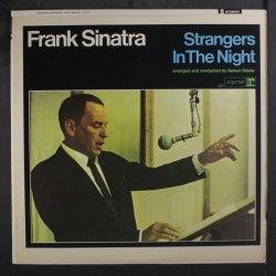 Виниловая пластинка FRANK SINATRA-STRANGERS IN THE NIGHT