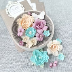 Пионы и розы мятно-персиковые, Pastel Flowers