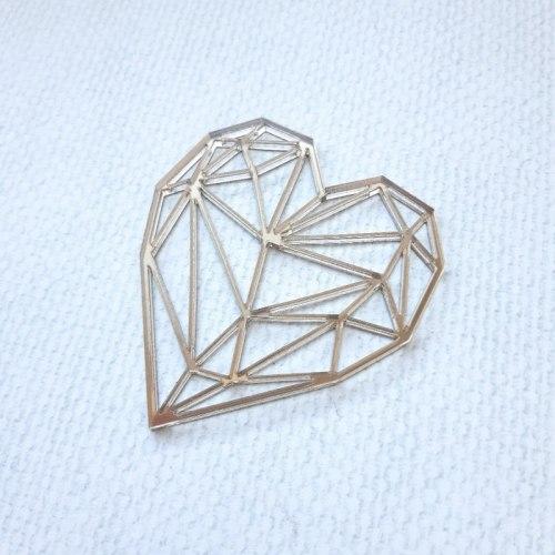 """Декор из зеркального пластика """"Геометрия. Сердце"""" Лавандовый комод"""