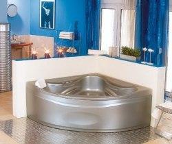 Ванна акриловая с рамой Poolspa Francja 150x150