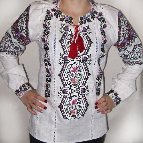 Вышитая блуза Снежана