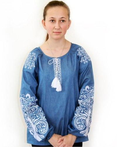 Детская вышитая блуза Ольга (джинс) с белой вышивкой