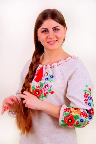Женское вышитое платье Диана