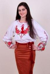 Подростковая вышитая блуза Зоряна