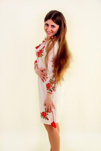 Женское вышитое платье Зоряна