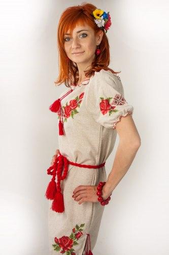 Женское вышитое платье Зоряна (короткий рукав)
