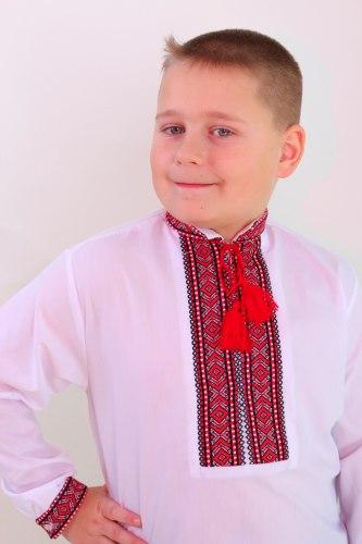 Детская вышиванка для мальчика Сергiйко