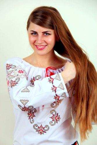 Вышитая блуза Соломия
