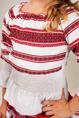 Детская вышитая блуза Резинка