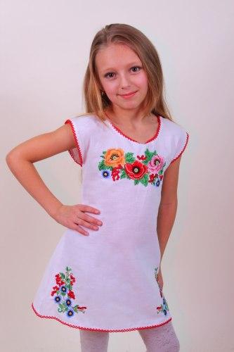 Детское вышитое платье Лиза