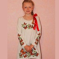 Детское вышитое платье Бабочки