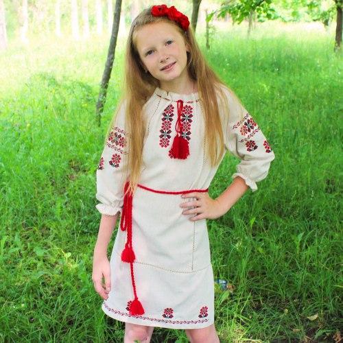 Детское вышитое платье Арина