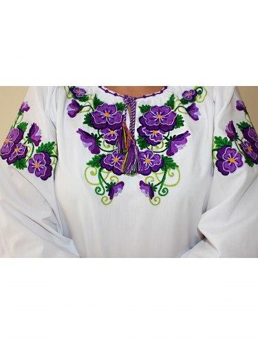 Вышитая блуза Анютины глазки