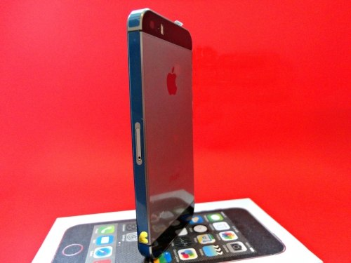 Копия iPhone 5s 16Gb, 4 ядра Space gray apple