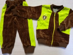 Костюм комбинированный с карманами, велюр, вышивка, размер 52 (0806-02)