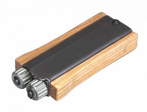 """Каток для натяжки проволоки """"Волна"""" с деревянными ручками"""