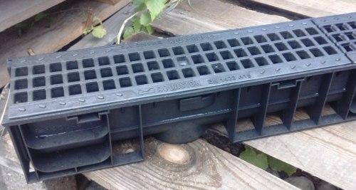 Лоток водоотводный пластиковый ЛВП DN100 H120 c пластиковой решеткой Norma