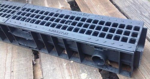 Лоток водоотводный пластиковый ЛВП DN100 H120 c чугунной решеткой Norma