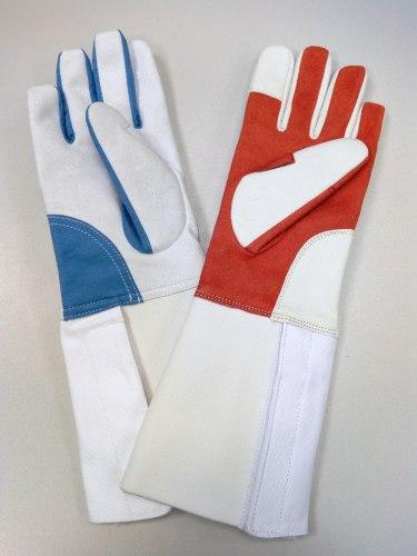 Перчатка тренировочная (для правшей)