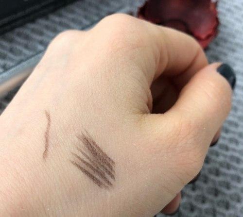 Стойкий маркер для бровей с эффектом татуажа KIKO MILANO Eyebrow Marker - 02 Castane e Bionde