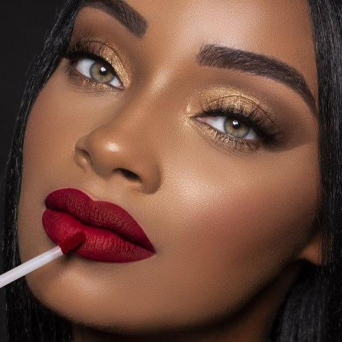 Жидкая стойкая матовая помада для губ BH COSMETICS Liquid Linen Royal Affair Lip Set - Maria