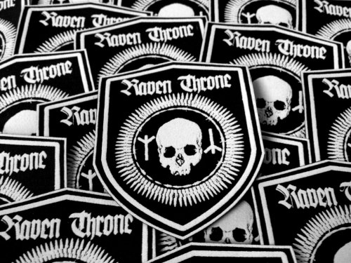 RAVEN THRONE - Skull Shield Нашивка Black Metal