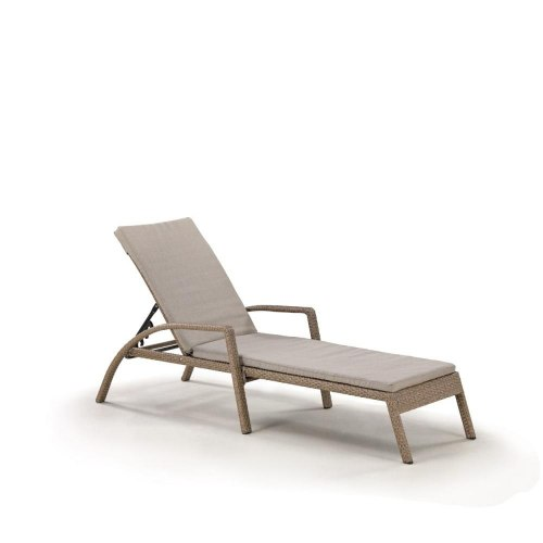 Шезлонг-лежак плетеный A30B2-W56 Light Brown с матрасом