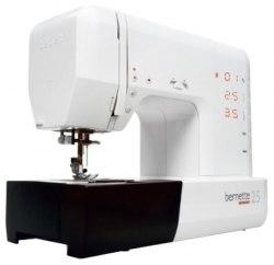 Швейная машина Bernette 25