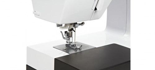 Швейная машина Bernette sublime London 8