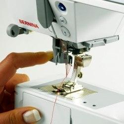 Швейная машина Bernina B330