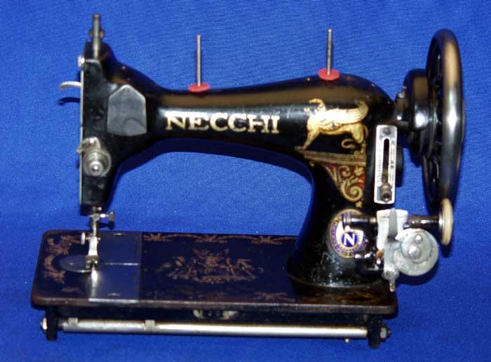 Швейная машина Necchi 15
