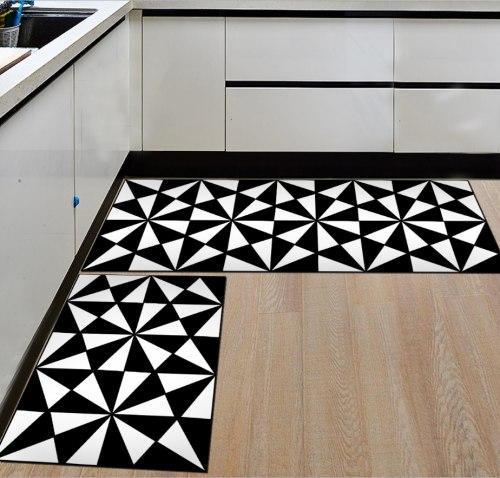 Черно- белые треугольники набор 50*80+50*160 см К 3