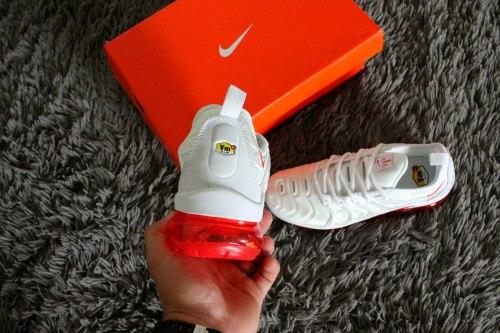 "Air Max Tn Vapormax Plus ""White-Red"" Nike"