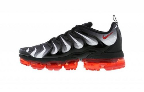 "Air VaporMax Plus ""Red Shark Tooth"" Nike"