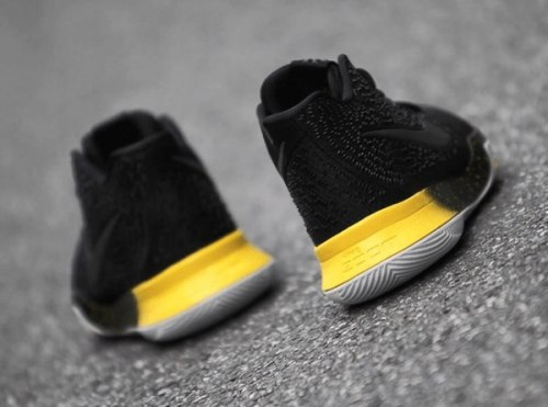 Kyrie 3 Black/Yellow Nike